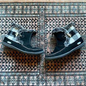 Woolrich Pine Creek Black White Buffalo Check Faux Fur Ankle Boots